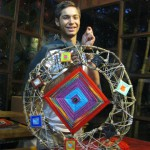 "Pianist Patrick Brandl shows his giant ""Ojo de Dios"": a new technique designed with Silvia's help"